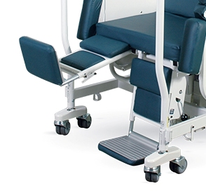 Shuttle Chair leg supports with one raised